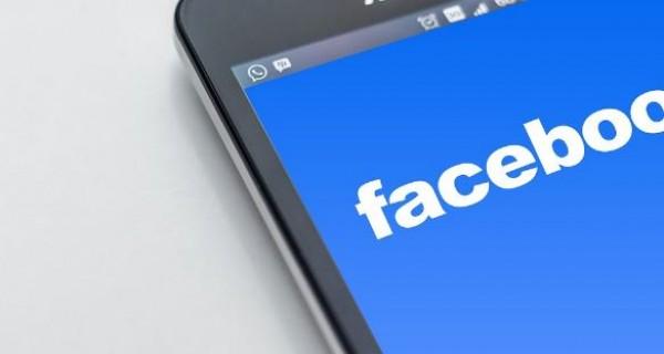 Facebook bannaa rikollisryhmiä